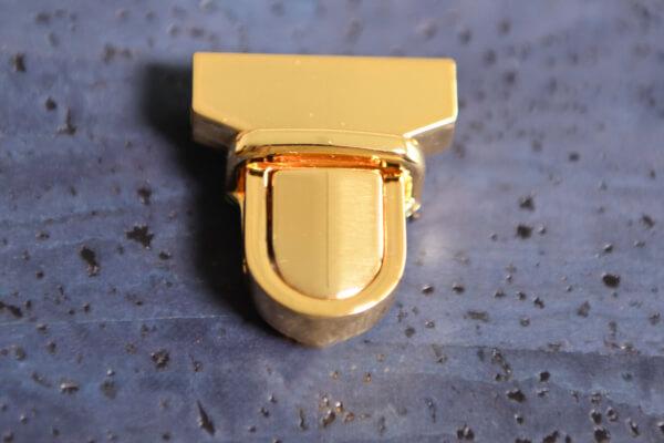 korkundkuloer-verschluss-A-vergoldet-1